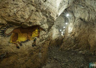 Пещера Типицето
